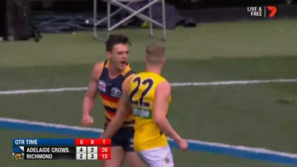 Lever gets in Townsend's face