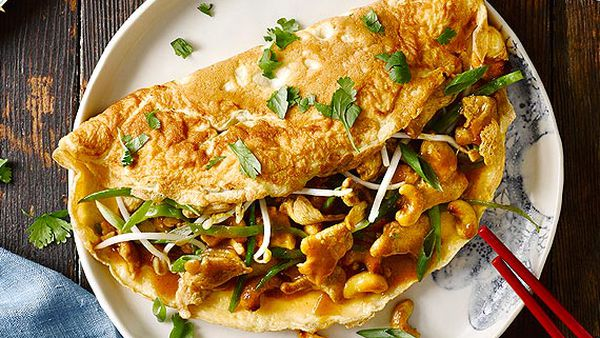 Chinese chicken and cashew omelette