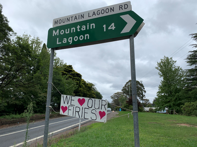 We Love Our Firies sign in Bilpin, NSW