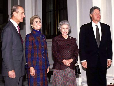 LONDON, UNITED KINGDOM - NOVEMBER 29:  The Queen And Prince Philip With President Bill Clinton And His Wife Hillary At Buckingham Palace  (Photo by Tim Graham Photo Library via Getty Images)