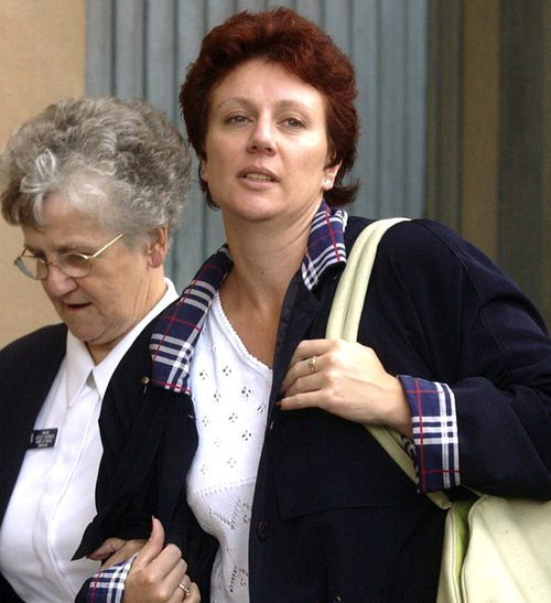 Kathleen Folbigg leaves the Supreme Court of NSW on April 3, 2003.  (AAP)