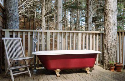 2. Raglan Treehouse in the Woods with Outdoor Bath – Raglan, Waikato