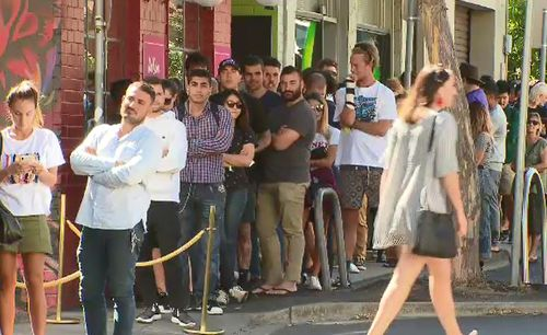 A massive queue formed outside the Windsor pop-up shop this morning. (9NEWS)
