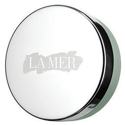 "<strong><em>Seal the deal with</em></strong> - <a href=""https://www.mecca.com.au/la-mer/the-lip-balm/I-022608.html"" target=""_blank"" draggable=""false"">La Mer The Lip Balm, $95</a>"