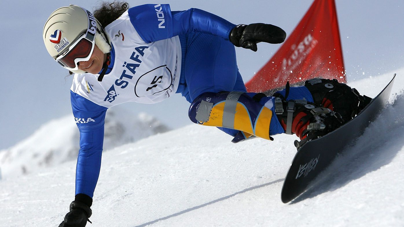 Former Olympic snowboarder Julie Pomagalski dies in avalanche in Swiss Alps at 40