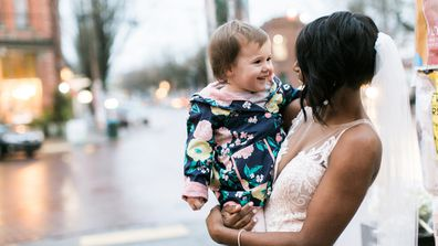 Modern fairytale: a bride on the way to her reception was mistaken for a real-life princess by this cute tot. Image: Imgur