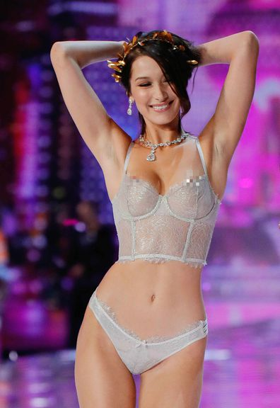f3b5f4f81f151 Bella Hadid suffers wardrobe malfunction at Victoria's Secret ...