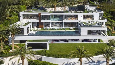 <strong>This is what a $330 million house looks like</strong>