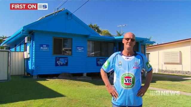 NSW fan in Brisbane paints house blue