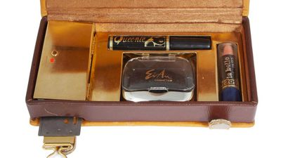 Cosmetics case camera