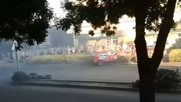 LOOPER_CARRALLY.mp4