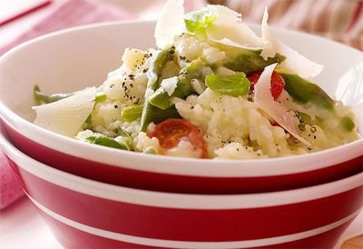 """Recipe:<a href=""""/recipes/ivegetable/8345180/microwave-spring-vegetable-risotto"""">Microwave spring vegetable risotto</a>"""