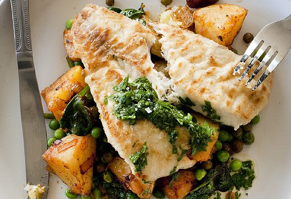 Blue-eye cod with Spanish potatoes, peas and chorizo