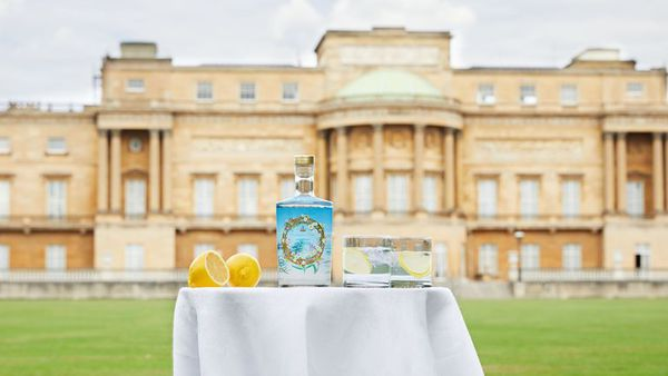 Buckingham Palace launches it's very own gin.