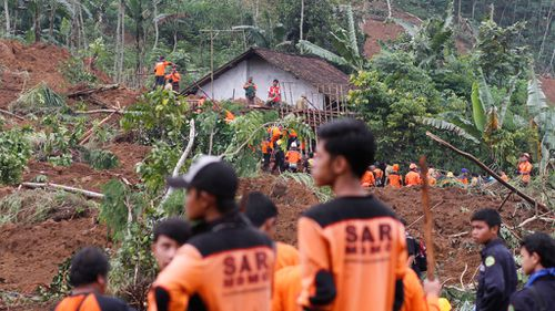 Indonesian landslide death toll rises to 39