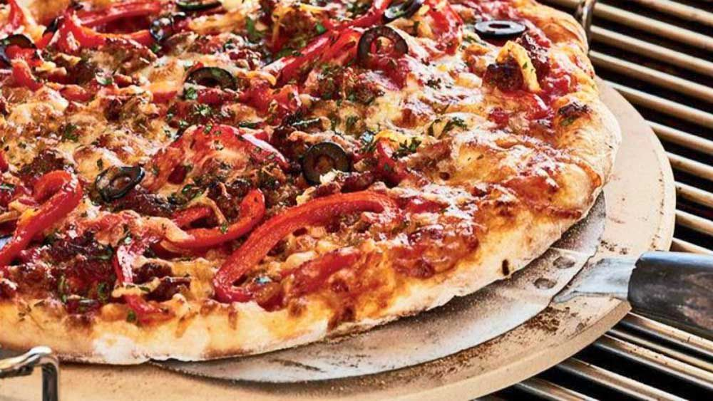 Barbecued pizza
