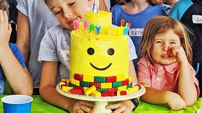 How to make a Lego Head lolly filled layer cake - 9Kitchen