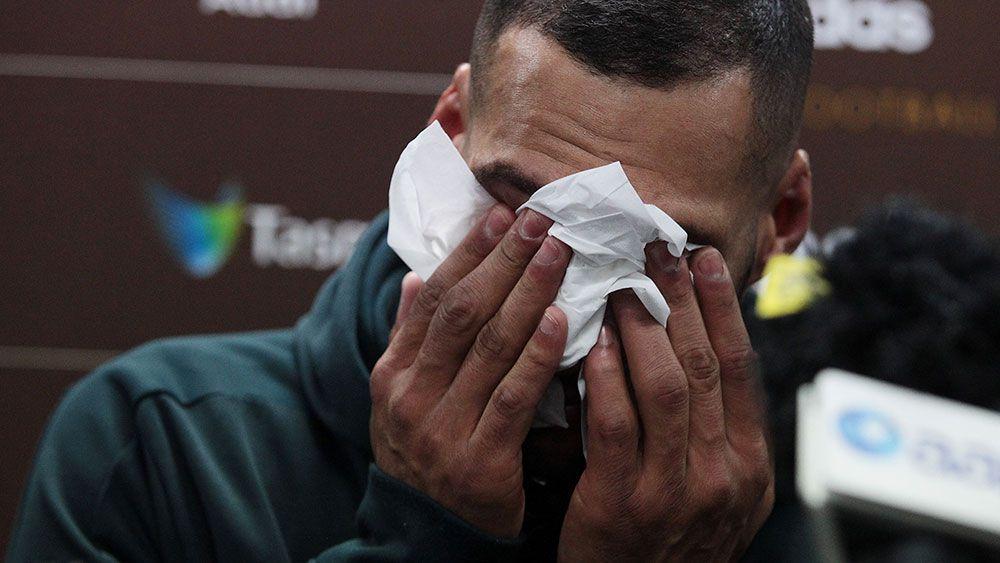 Three-time premiership Hawk Gibson retires