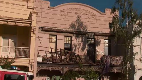 No one was injured when the balcony collapsed. (9NEWS)