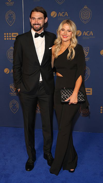 "Kane Richardson and Nicole Kitching arrive at the Allan Border Medal.<span style=""white-space: pre;"">	</span>"