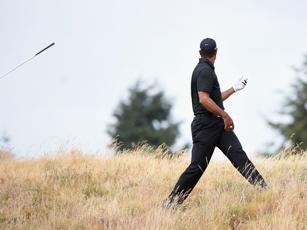 Woods loses his way and his clubs