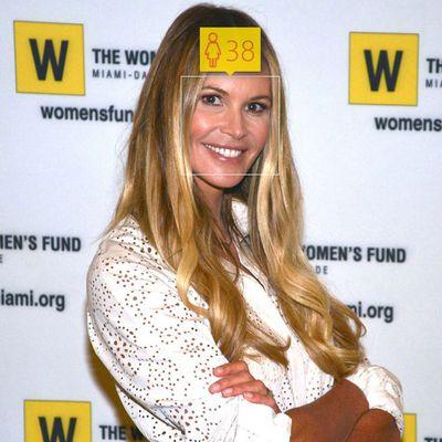 <p>Elle Macpherson, 51</p>