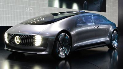 The futuristic F015 is a self-driving, hydrogen-electric hybrid. (AAP)
