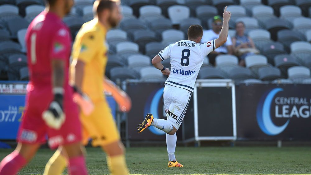 Ingham on assist as Victory down Mariners