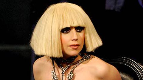 Gaga gets 60 Minutes interviewer totally drunk