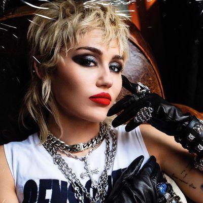 16. Miley Cyrus
