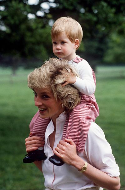 Diana's simple white shirt became synonymous with her elegant style.