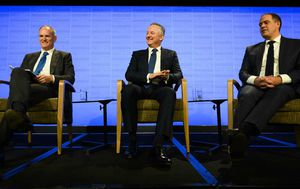 Nine, ABC, News Corp bosses demand media reform