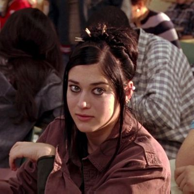 Lizzy Caplan as Janis Ian: Then