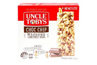 Uncle Tobys Chewy Choc Chip muesli bar: 510kj/122 calories