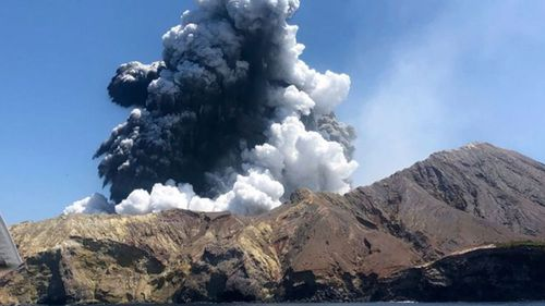 The death toll from the December 9 volcano eruption in New Zealand has risen.