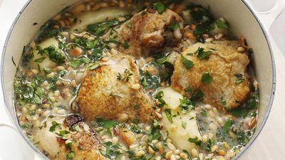 "Recipe:<a href=""http://kitchen.nine.com.au/2016/05/17/16/41/spanish-chicken-casserole"" target=""_top"" draggable=""false"">Spanish chicken casserole<br> </a>"