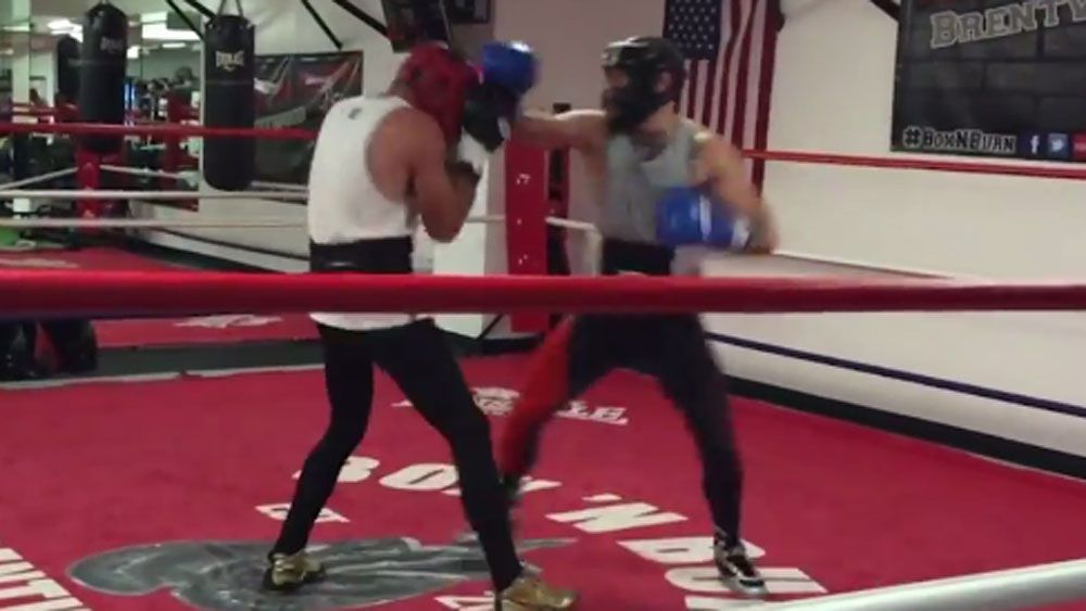 McGregor warms up for Mayweather