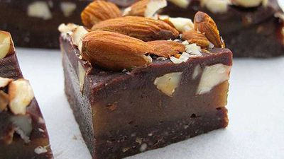 <strong>Jacqueline Alwill's raw almond caramel slice</strong>
