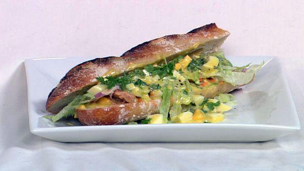 Tuna & aioli baguette