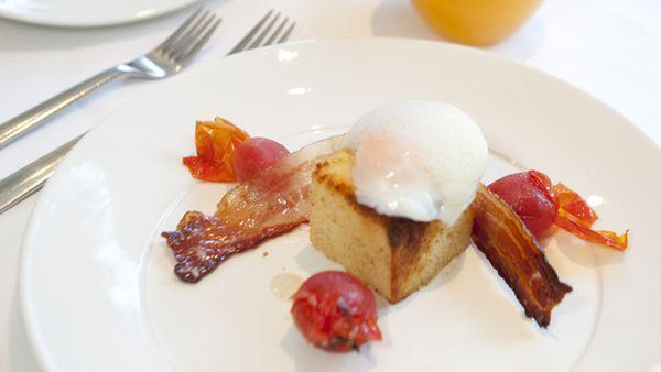 63-degree egg, cured tomato, burnt orange and maple-glazed bacon crisp