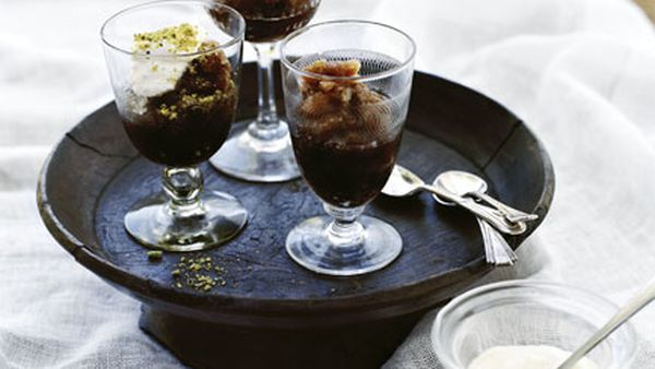 Coffee and cardamom granita with cream