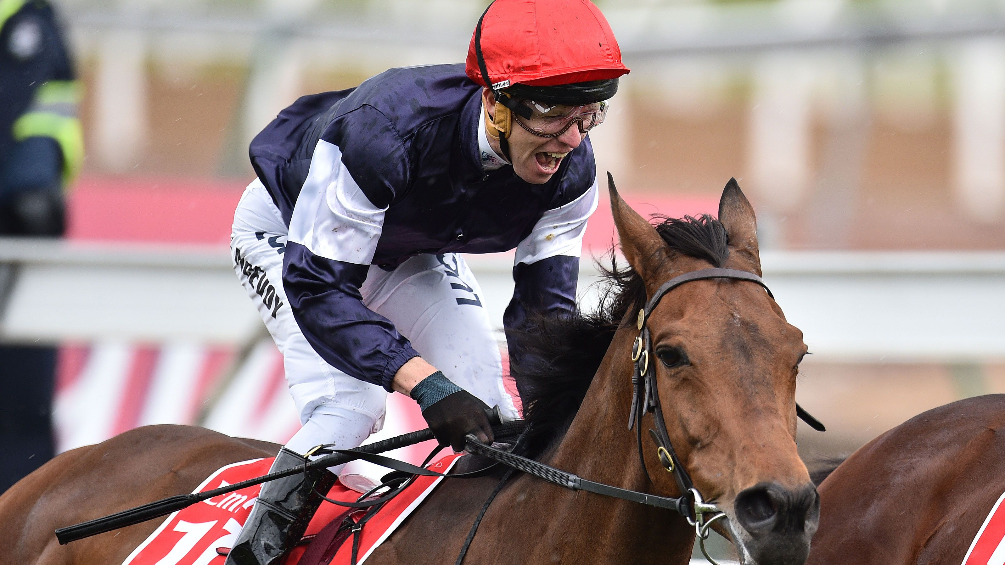 Kerrin McEvoy on Almandin