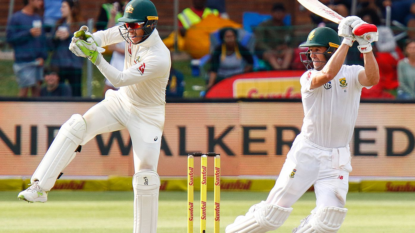Khawaja out, Aussies 5-180 and lead by 41