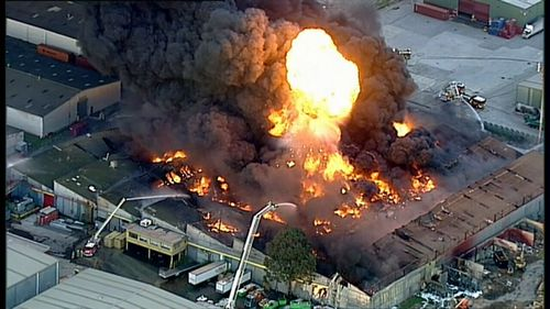 Blaze in West Footscray, Melbourne will take 'hours to contain.'