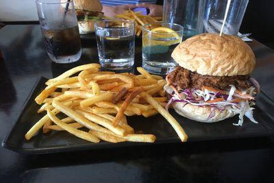 <strong>6. Little Vegas Burger & Bar - QLD</strong>