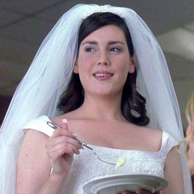 Melanie Lynskey as Gloria: Then