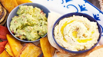 "<a href=""http://kitchen.nine.com.au/2016/05/16/13/53/guacamole"" target=""_top"">Spicy guacamole<br> </a>"