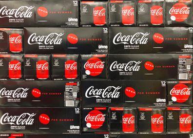 Coke no sugar packaging and boxes