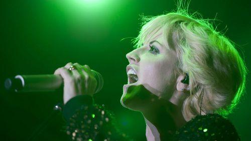 Cranberries singer 'attacks air hostess, policeman in plane rage'