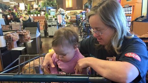 The 'amazing gift' one supermarket employee gave to a young girl and her mother